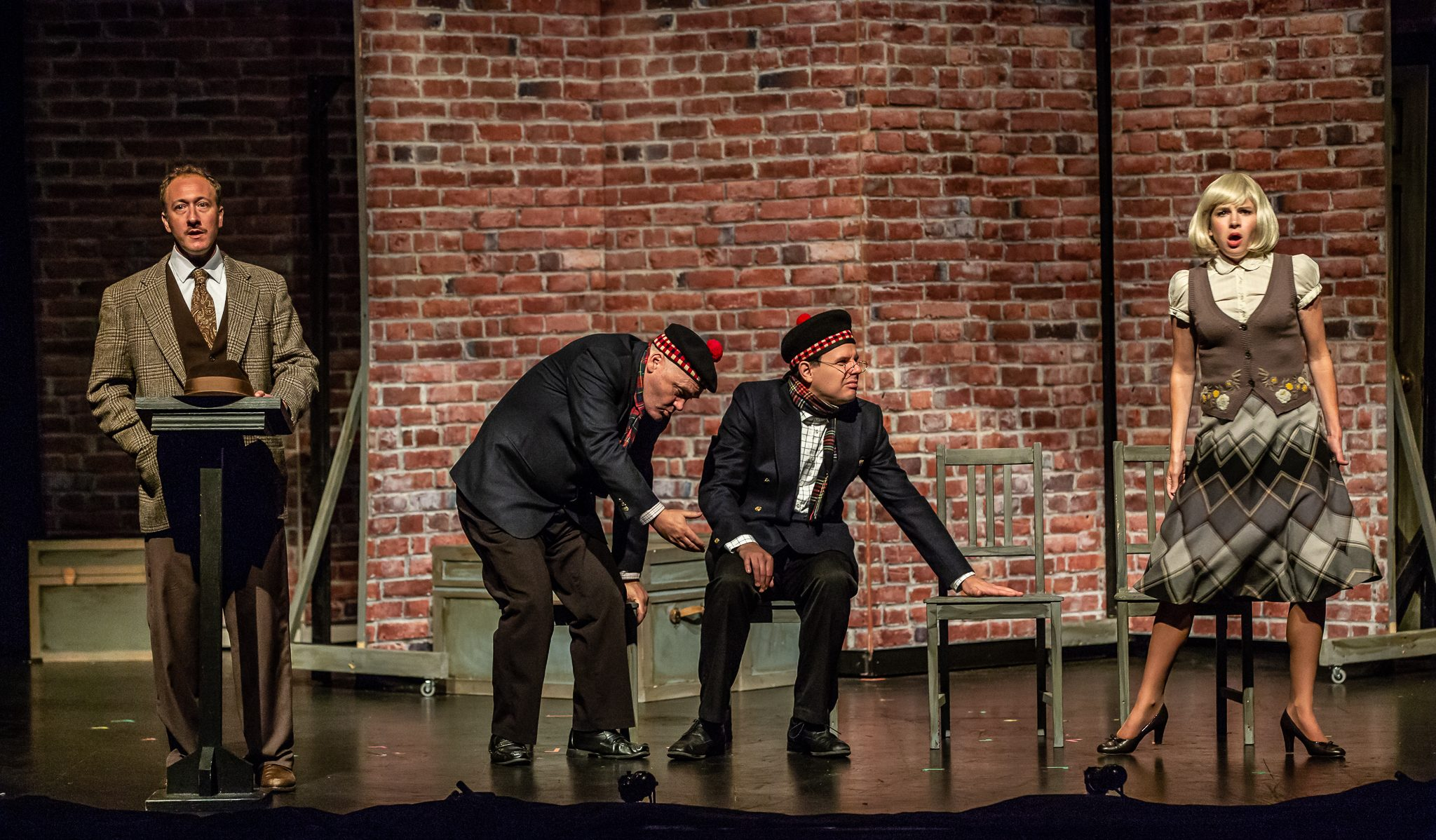 Perry, Sweeney MacArthur, Sean Hauk & Erin Mackinnon in THE 39 STEPS at Port Hope Capitol Theatre